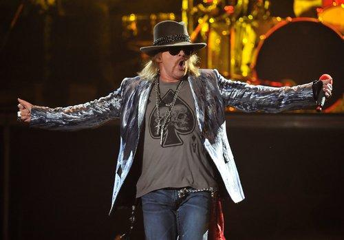 Guns-N-Roses-axl.jpg